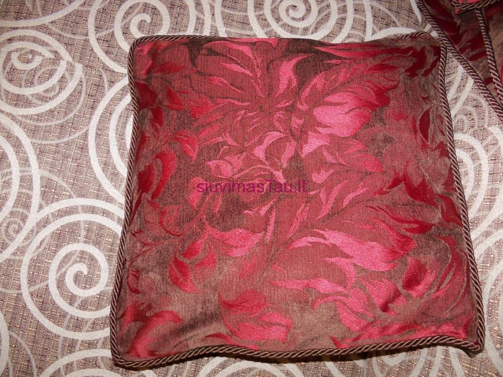 dekoratyviniu-pagalveliu-uzvalkalai-4