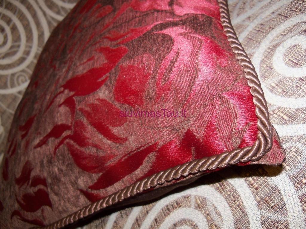 dekoratyviniu-pagalveliu-uzvalkalai-5