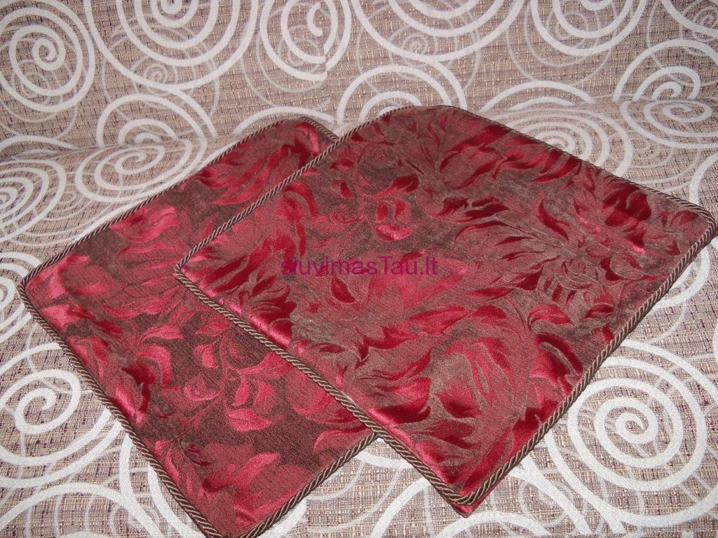 dekoratyviniu-pagalveliu-uzvalkalai-6