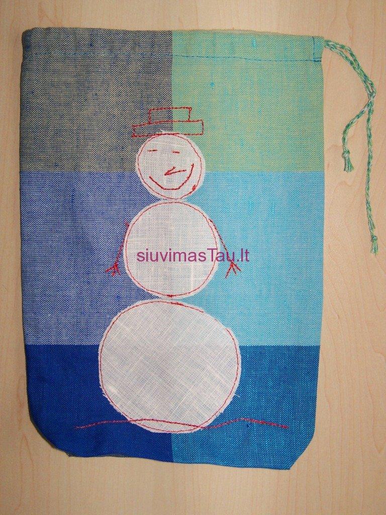 kalediniai-maisiukai-dovanoms-pakuoti-14