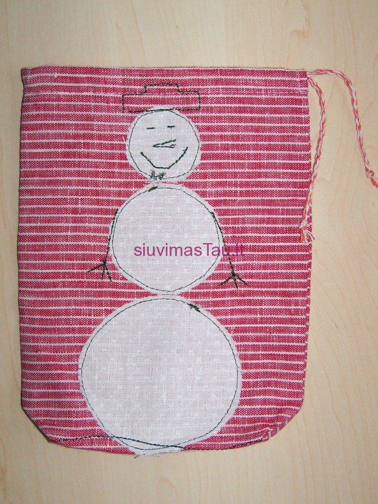 kalediniai-maisiukai-dovanoms-pakuoti-18