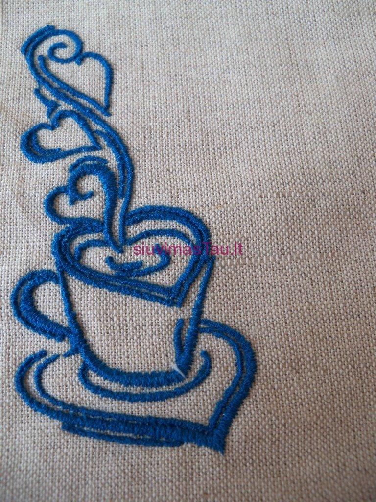 padekliukai-su-sirdutes-puodeliais-4