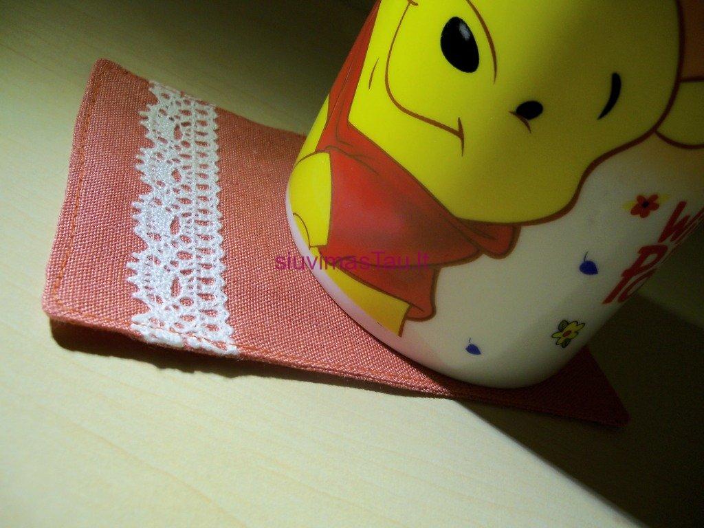 serviravimo-serveteles-su-neriniu-juostelemis-9