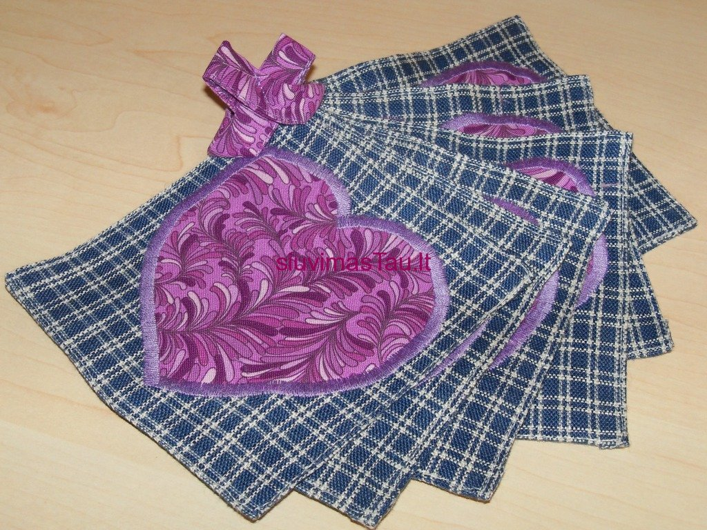 serviravimo-serveteles-su-sirdutes-dekoracija-4